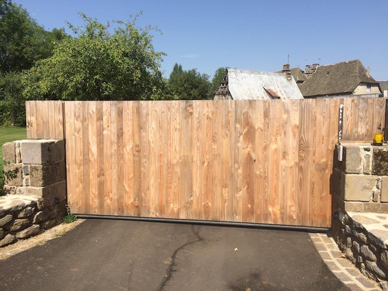 portail coulissant en bois