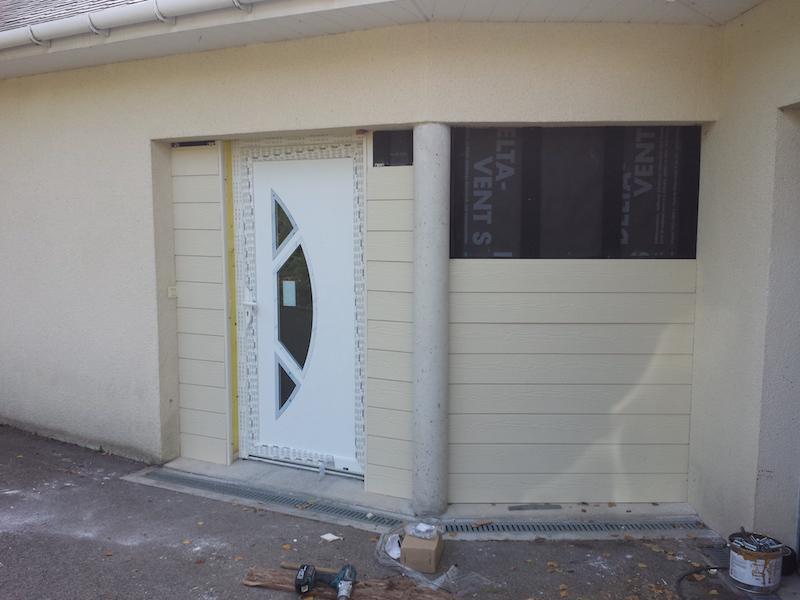 Porte entrée en pvc blanc