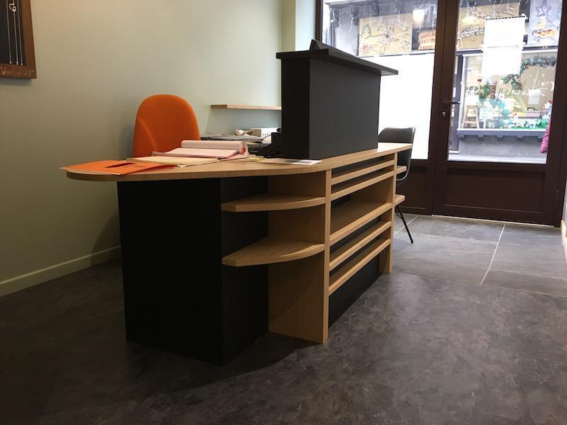 bureau notaire en bois