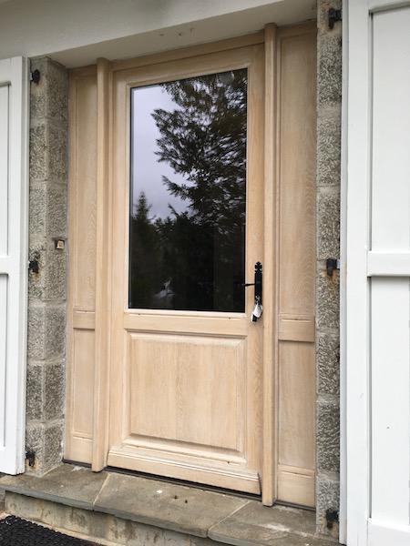 porte entrée en bois avec vitre