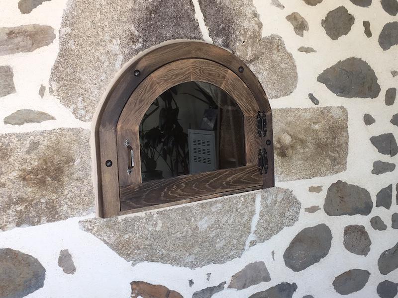 Fenêtre chêne vieillie