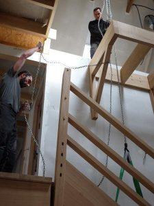 Mise en place rambarde escalier